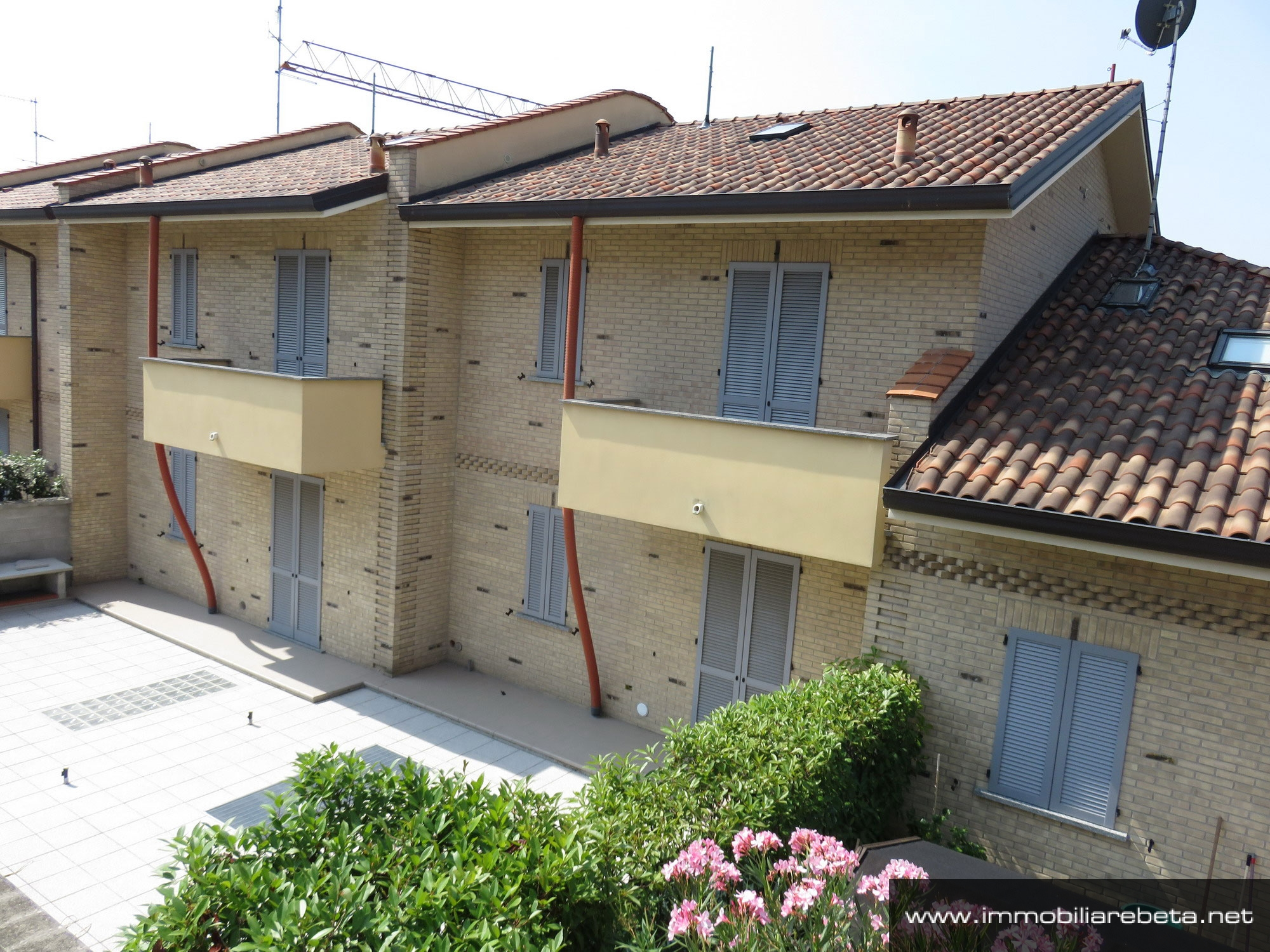 Progetti di villette top idee di design di piccole case a for Modelli villette